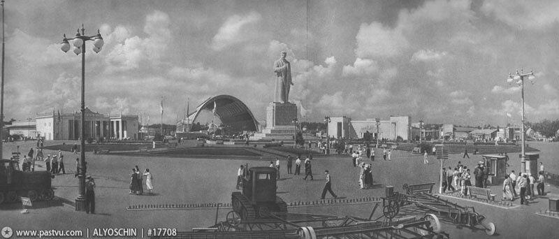 Площадь Механизации. Павильон Механизация и электрификация сельского хозяйства СССР, 1939-1941 гг.