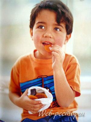 Десерты из фруктов намного полезнее сладких изделий из сахара