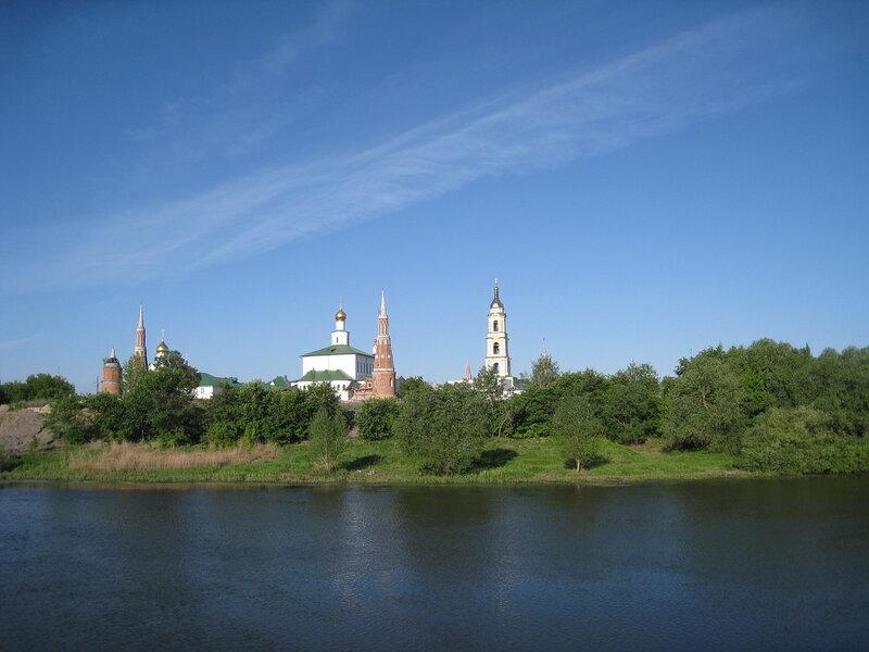 Москва-река впадает в Оку