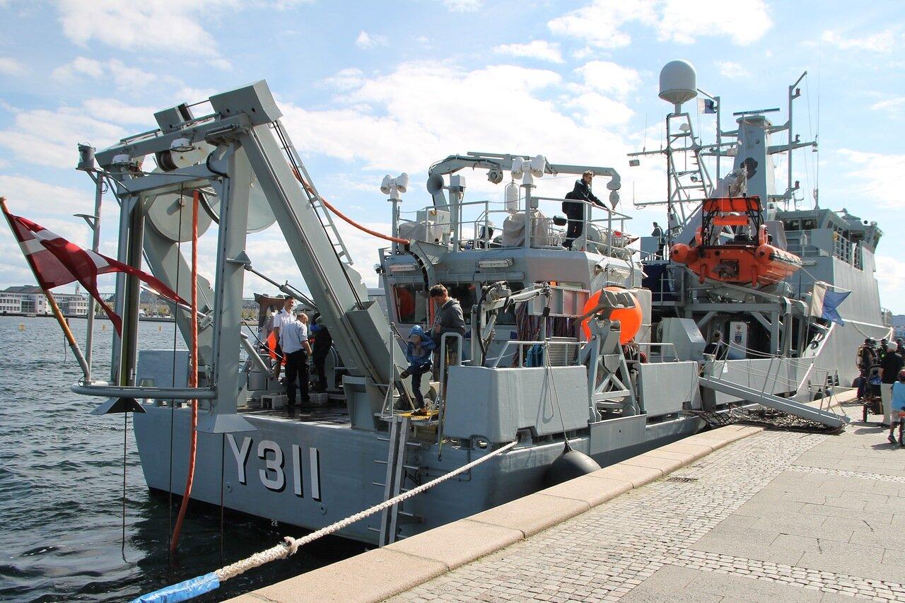Copenhagen. HDMS Søløven Y311, Denmark Royal Navy Diving rescue ship