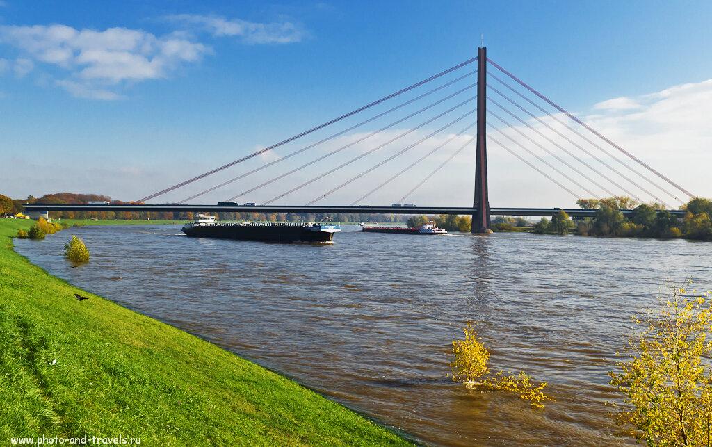 Вантовый мост имени Теодора Хойса (Theodor-Heuss-Brücke ) в Дюссельдорфе.