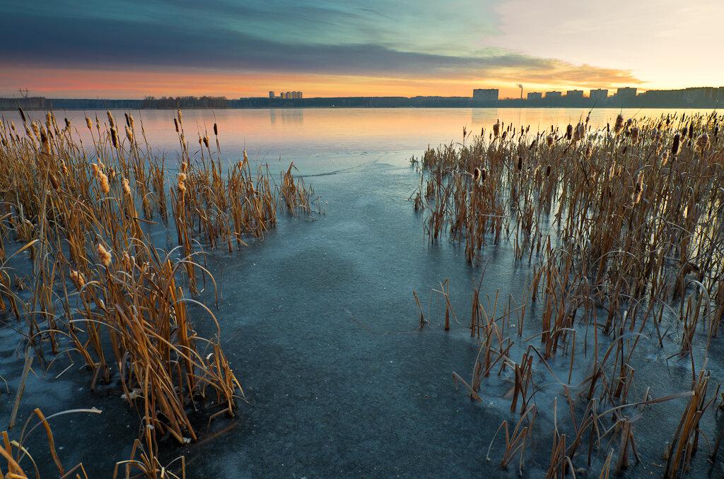 Цветной рассвет. Съемка пейзажа на зеркальную камеру Nikon D5100 с широкоугольным объективом Samyang 14mm f/2.8.