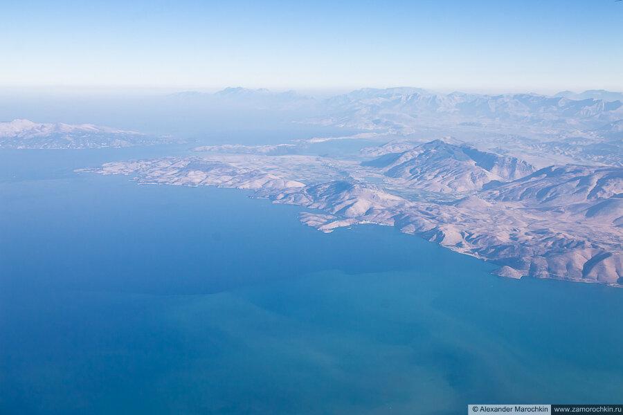 Между Корфу и Балканским полуостровом