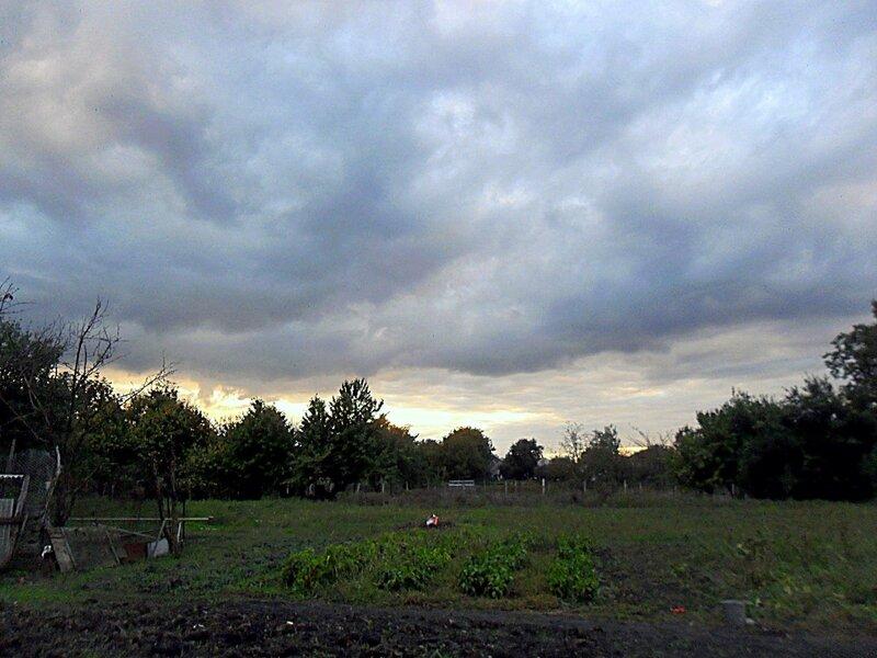 Сентябрь в облаках