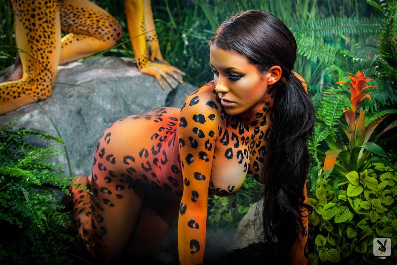 Playboy bodypaint / Yevgeniya Diordiychuk, Dani Mathers, Kelsey Ann, Katie Carroll and Ali Rose - Playboy Special Edition - Animal Instincts After Dark