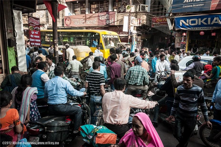 Трафик на индийских дорогах - путешествие по Индии / India by Michal Huniewicz