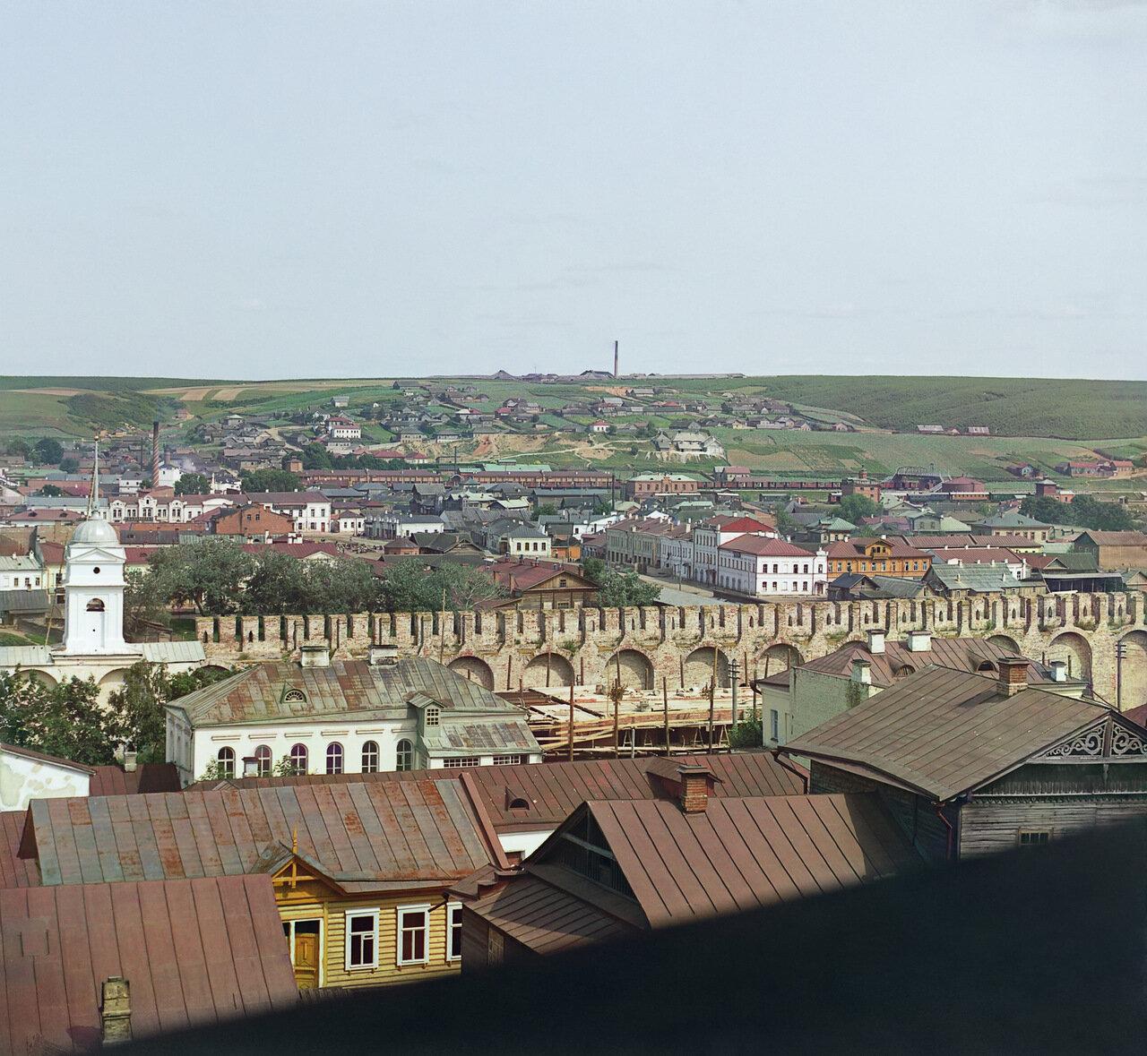 Северо-восточная часть Смоленска с крепостной стеной
