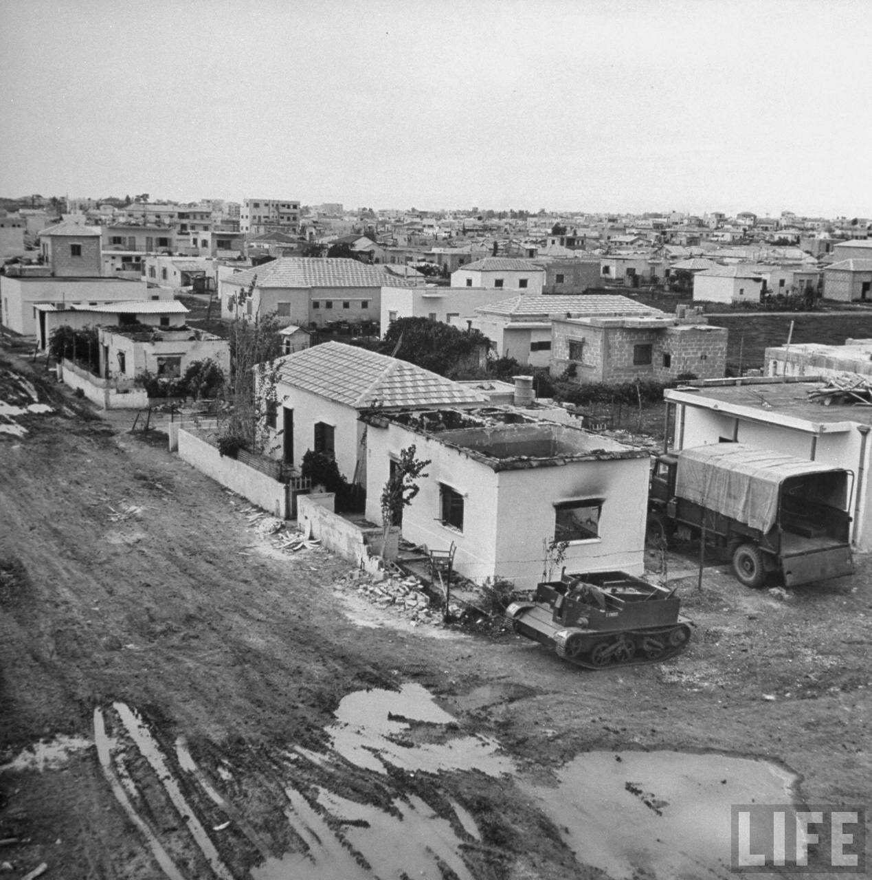 1948. Сгоревший дом в тель-авивском районе Ха-Тиква