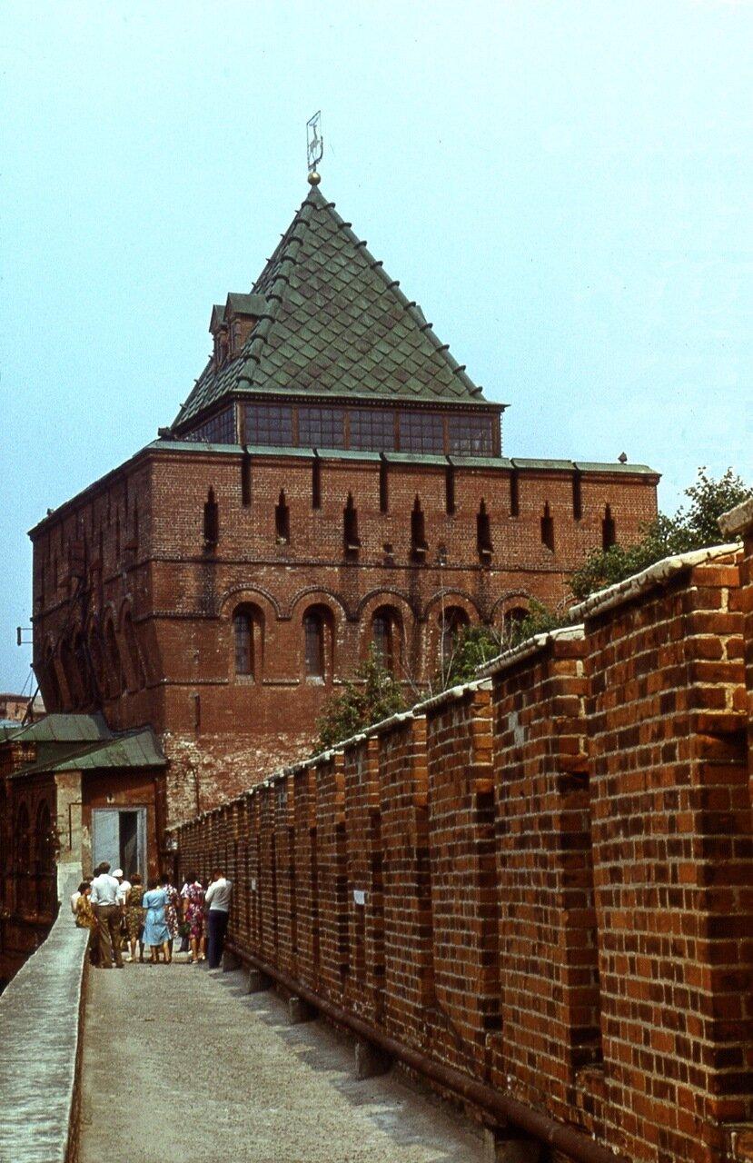 31. Дмитровская  башня