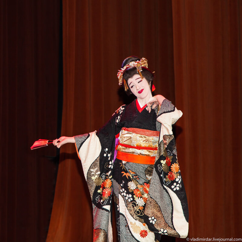 Японский традиционный танец