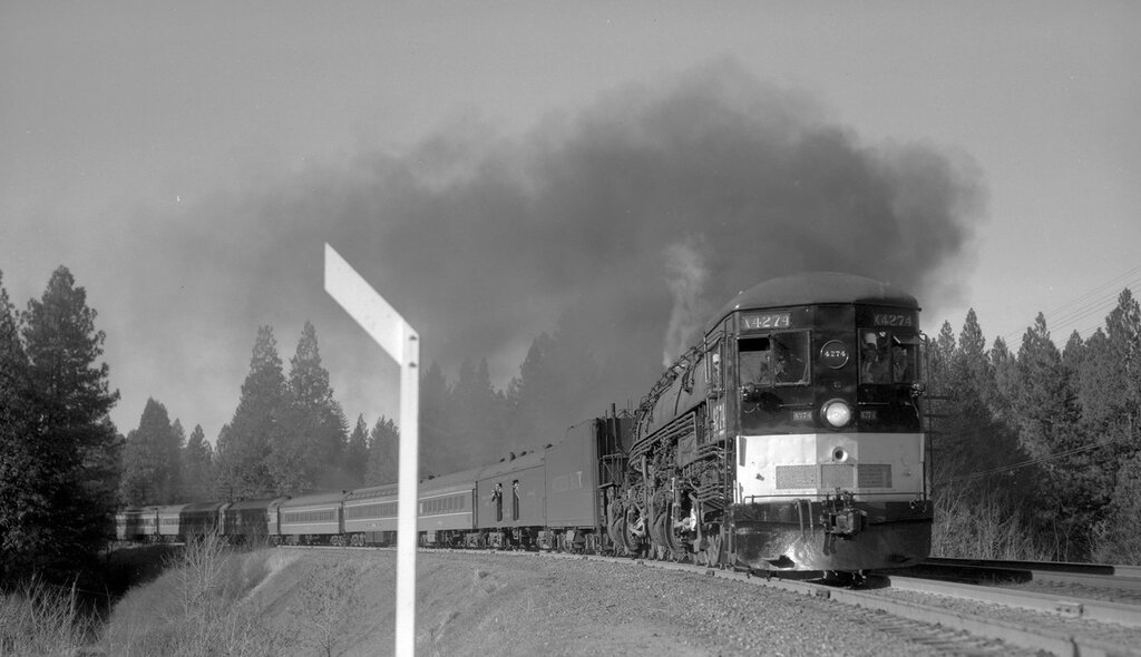 Southern Pacific train, engine number 4274, engine type 4-8-8-2, near Alta, Cal., November 30, 1957.