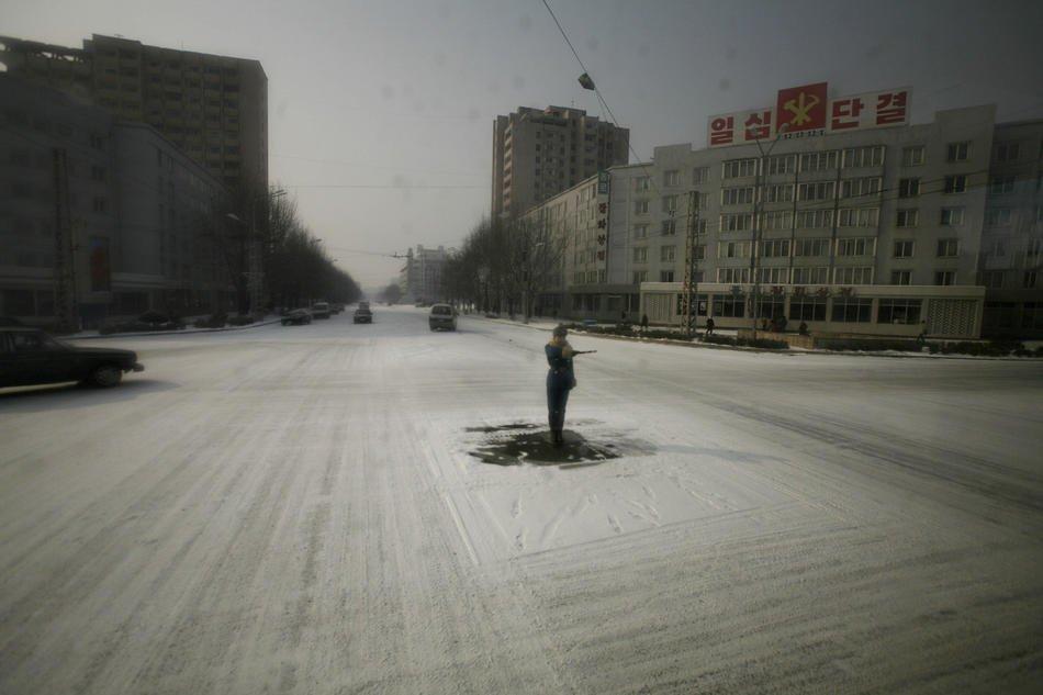 Синхронное плавание — шоу в Пхеньяне в день рождения покойного Ким Чен Ира, 16 февраля 2012: