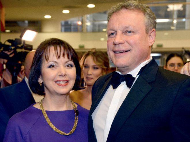 Служебный роман с Сергеем Жигуновым стал причиной развода Анастасии Заворотнюк с ее вторым мужем, би