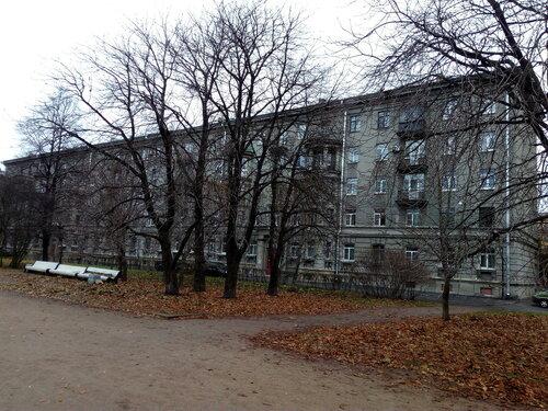 пл. Чернышевского 7