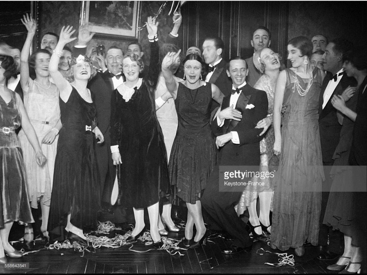 1929. Празднование Нового года в парижском кабаре 31 декабря