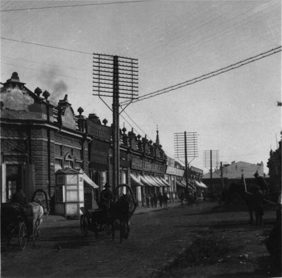 Ивановская улица. Торговые ряды