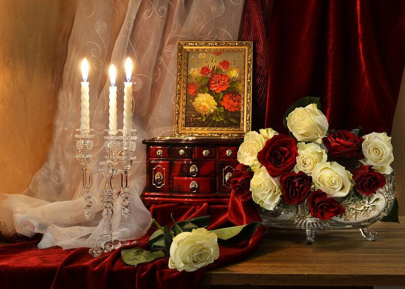 ...в вечернем наряде прекрасная роза...