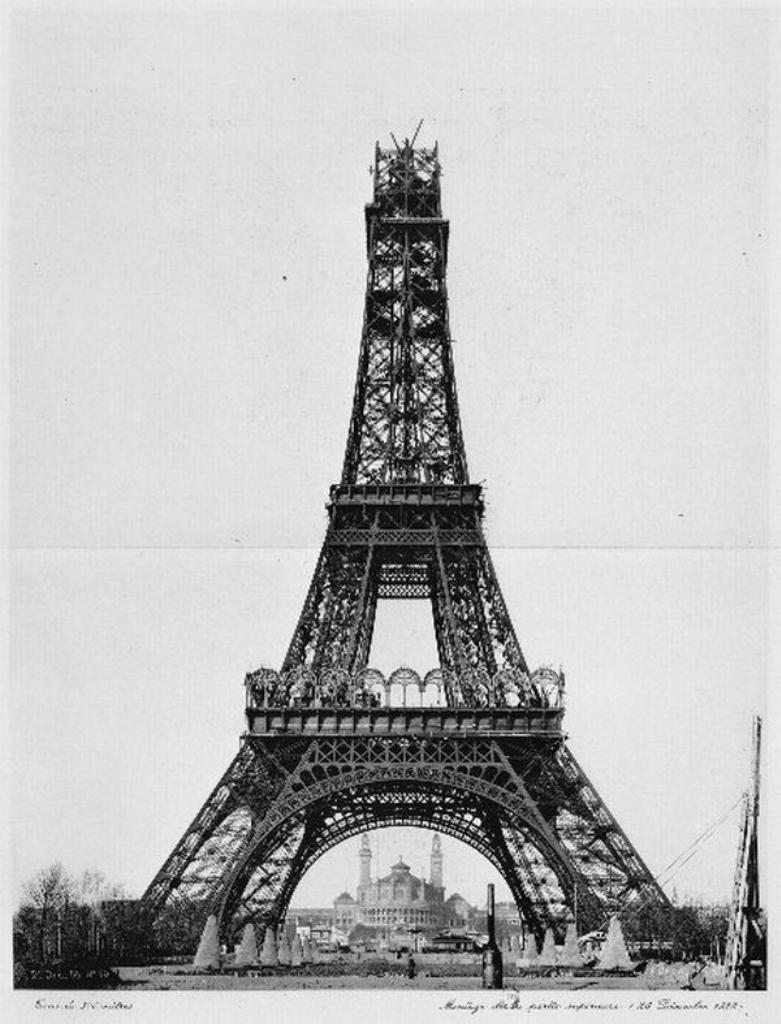 схема вышивки эйфелева башня монохром