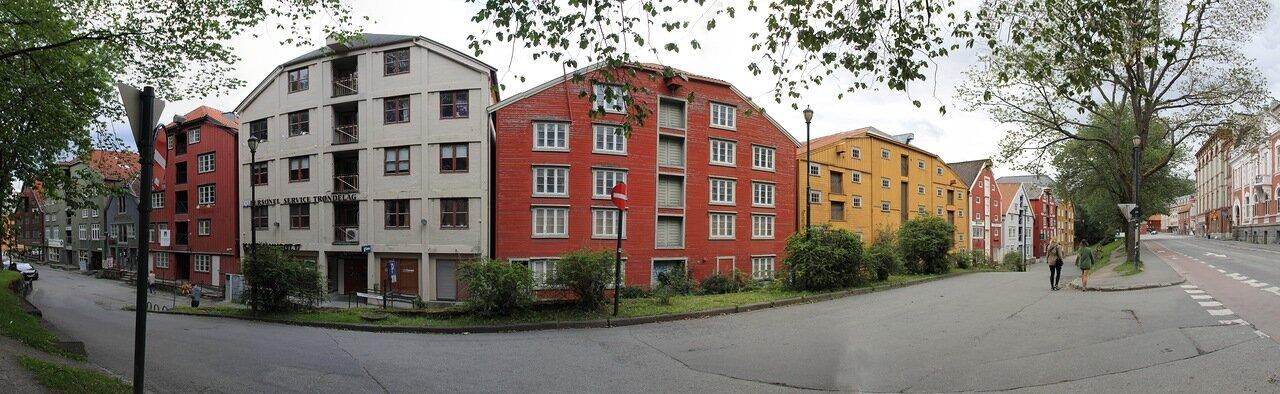 Тронхейм.  улица KjøpmannsgataTrondheim, panorama