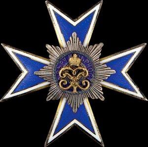 Знак Лейб-гвардии Кирасирского Ее Величества Государыни Императрицы Марии Федоровны полка.