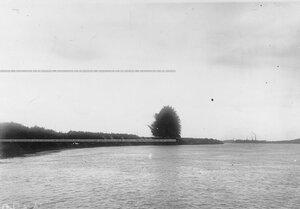 Взрыв прибрежного укрепления во время полевых учений батальона в Усть-Ижоре.