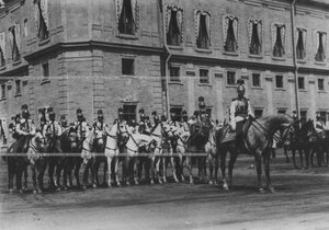 Трубачи на параде полка в день празднования 200-летия полка.