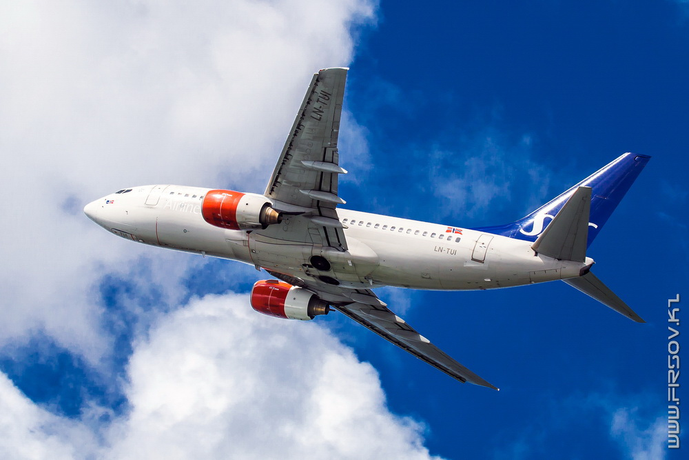 B-737_LN-TUI_SAS_3b_CFU_resize.jpg