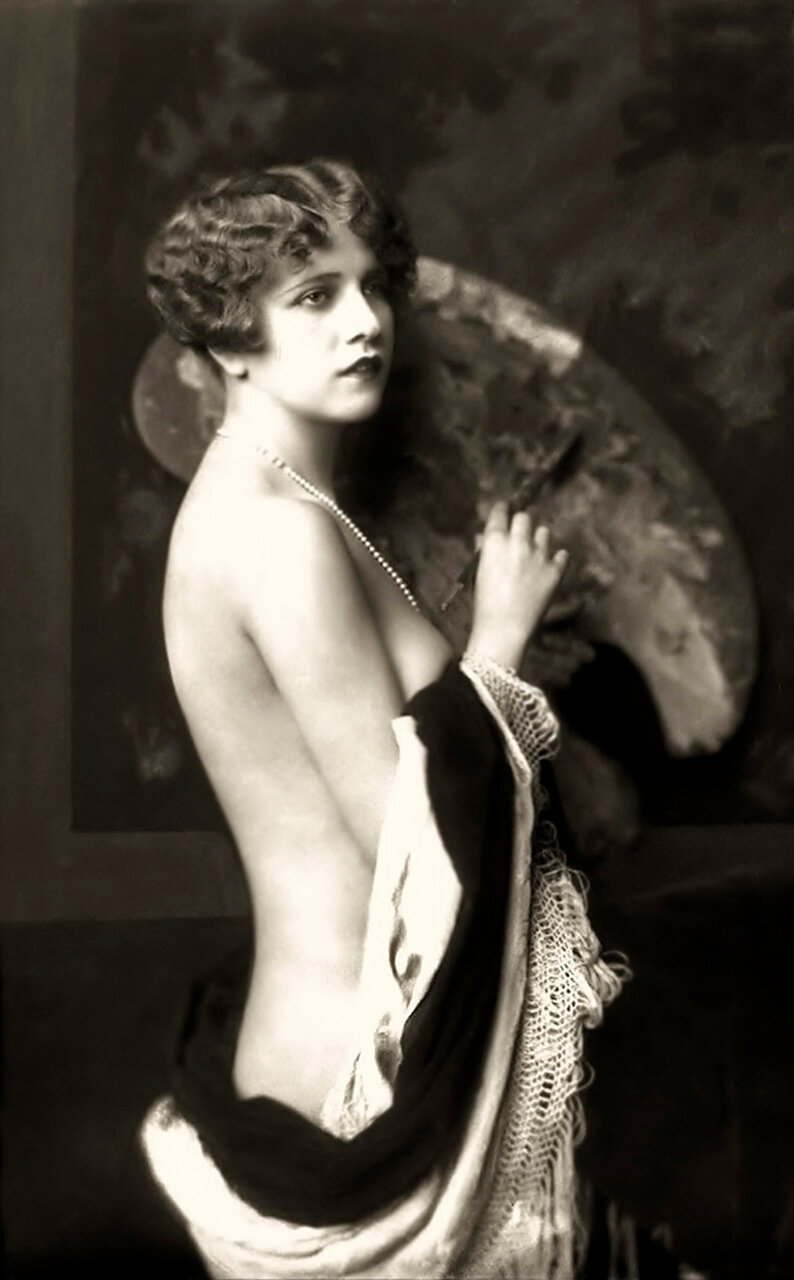 Ziegfeld Model - Risque - 1920s - by Alfred Cheney Johnston