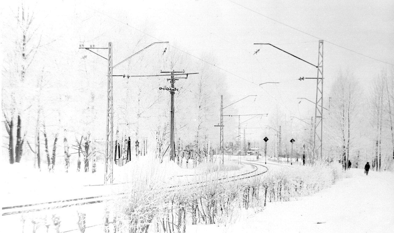 Ленинград, в Белоострове минус тридцать