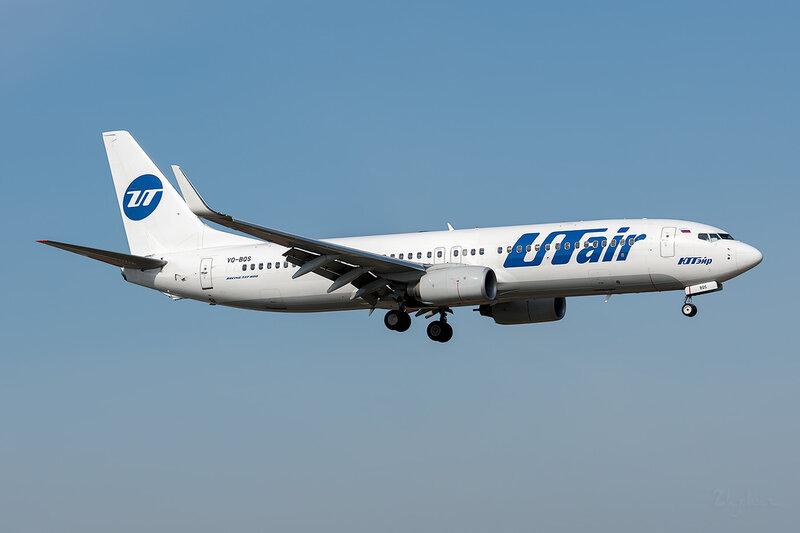 Boeing 737-8GU (VQ-BQS) ЮТэйр DSC_3667