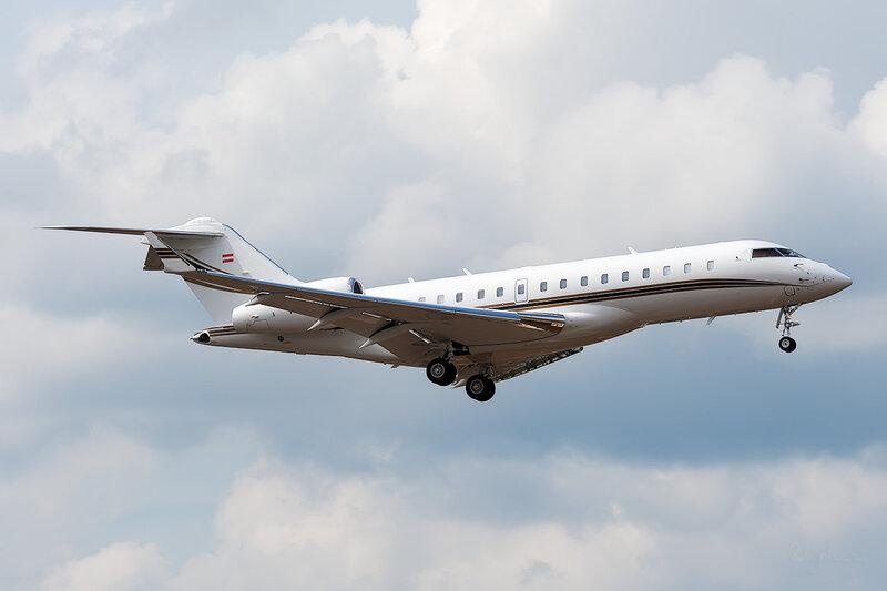 Bombardier BD-700-1A10 Global 6000 (OE-IRT) DSC_3815
