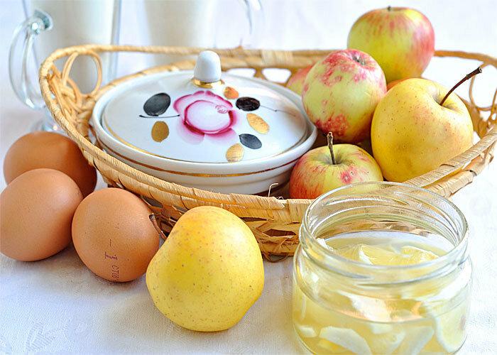 Яблочный пирог с лимонной карамелью