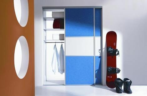 Встроенные шкафы-купе для детской комнаты