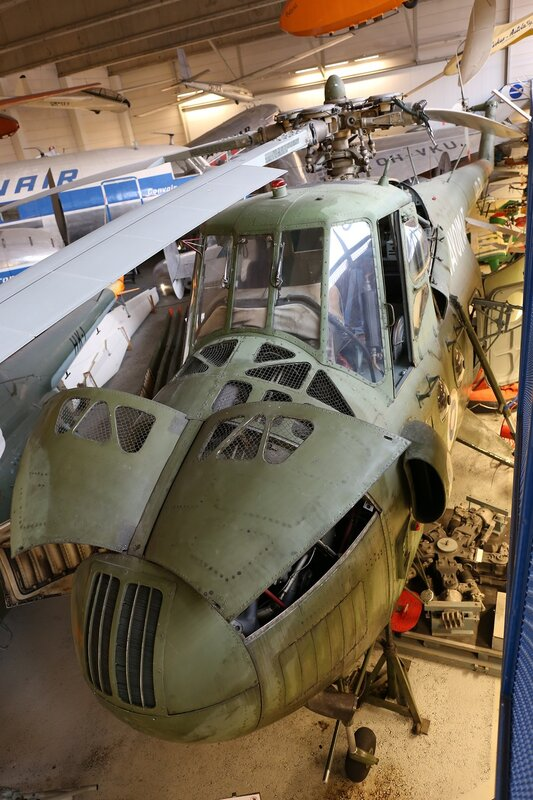 Вертолёт Ми-4А (Финский музей авиации в Вантаа)