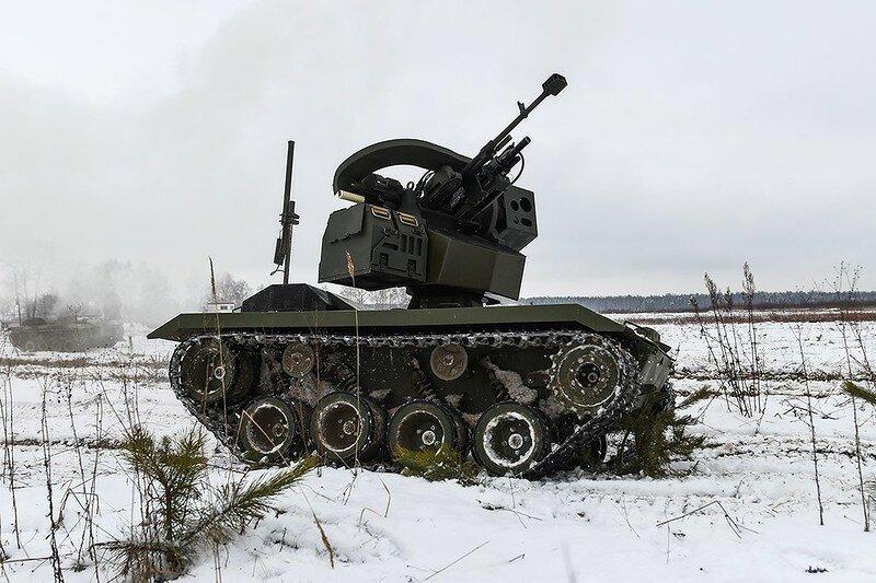 0 17f826 617672b8 XL - Нерехта - боевой робот Красной Армии