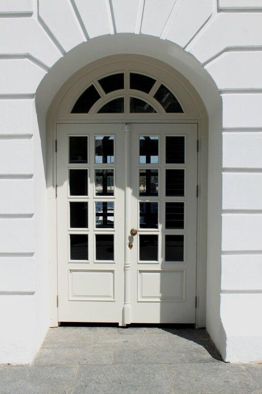 Дверь к источнику