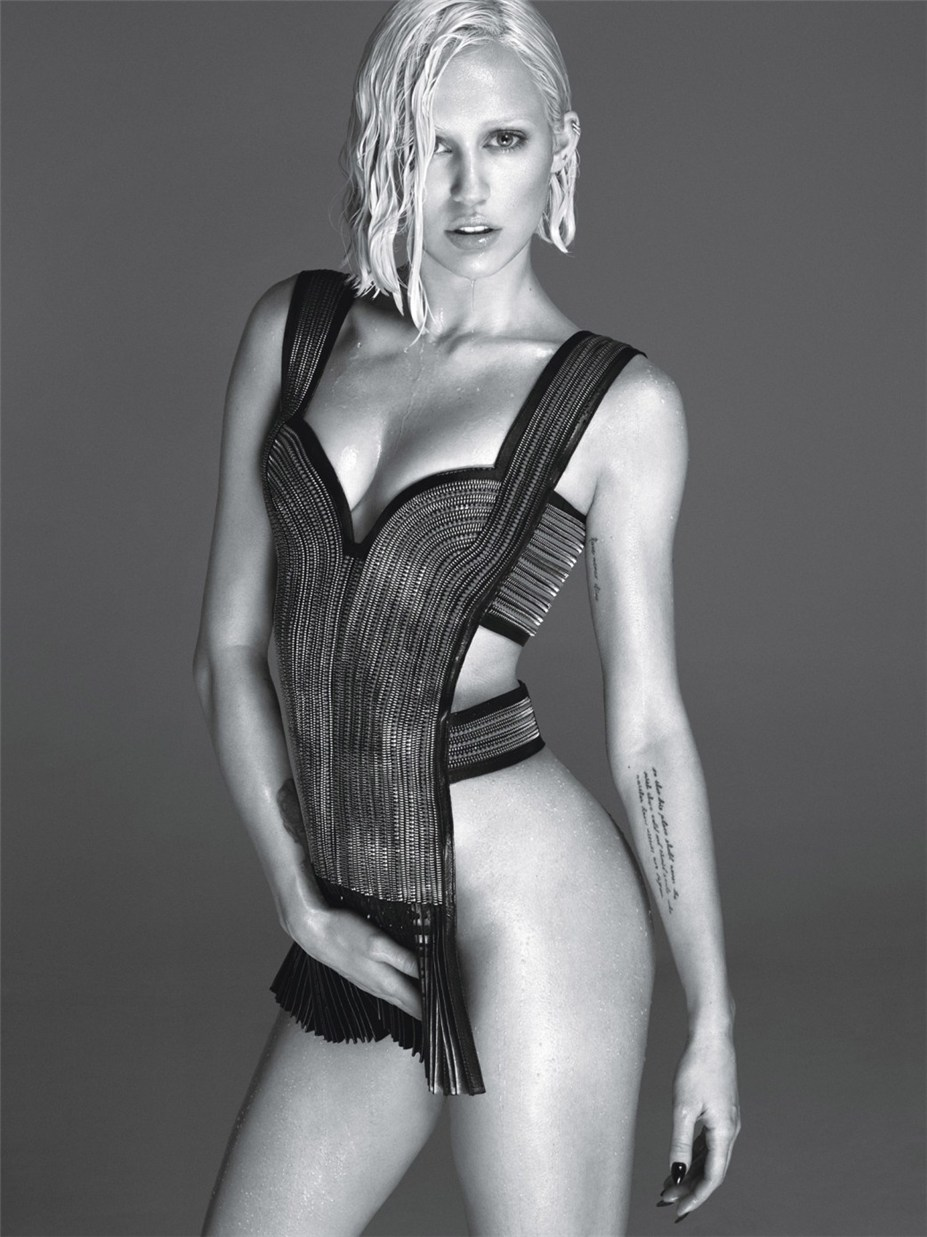 -плохая девчонка- Майли Сайрус / Miley Cyrus by Mert Alas and Marcus Piggott in W Magazine march 2014