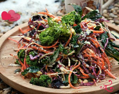 Рецепты ко дню св. Валентина от Джейми! ВОСХИТИТЕЛЬНЫЙ зимний  салат из капусты