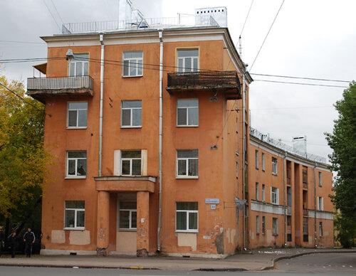 ул. Бабушкина 23/ул. Ткачей 34