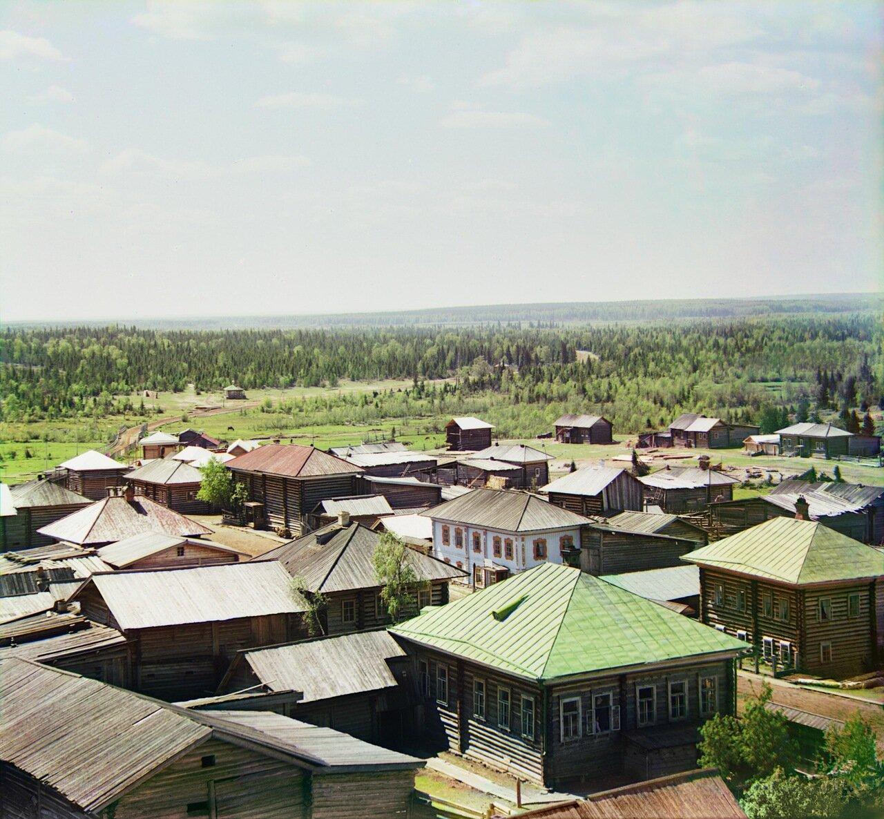 Южная часть села Ныроб и въезд в село. Вид с колокольни. Не ранее 1912