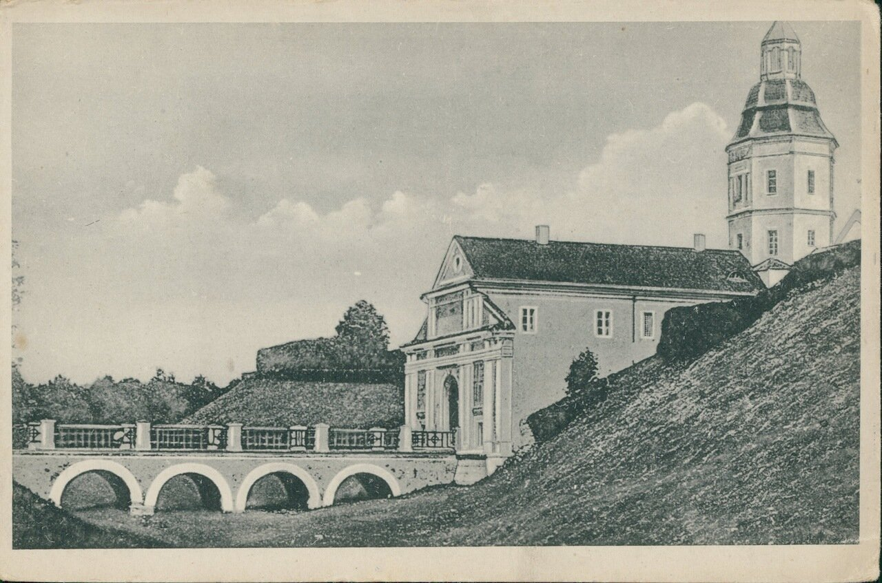 Въездной мост в замок князей Радзивиллов