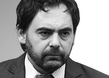 Марк Ткачук пока еще остается членом Партии коммунистов