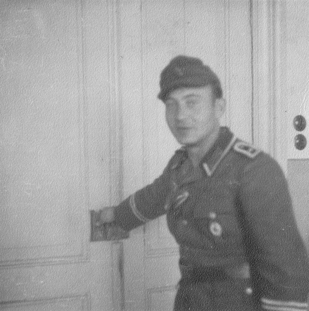 1941-1944 094