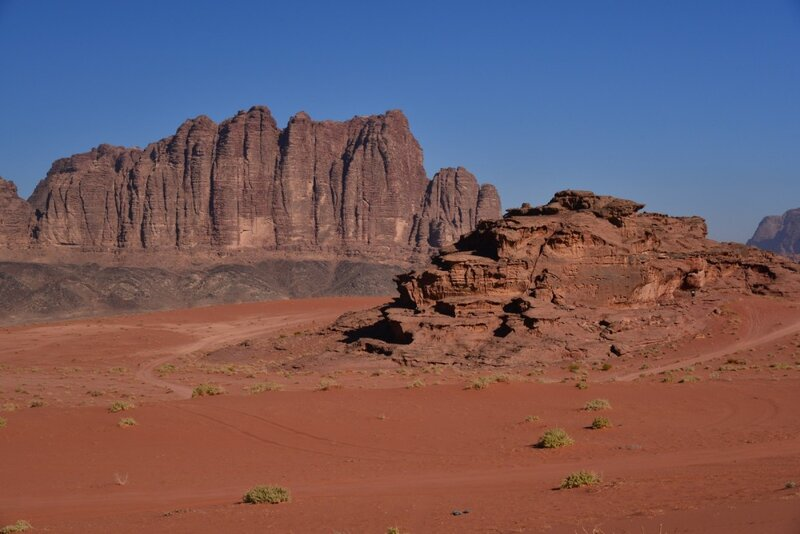 бесконечные просторы красной пустыни Вади Рум - 5