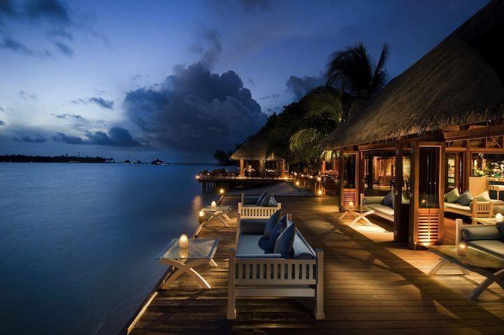 Ресторан и спальня под водой