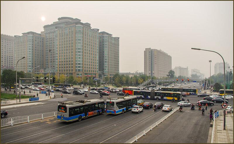 Хмурое утро в Пекине