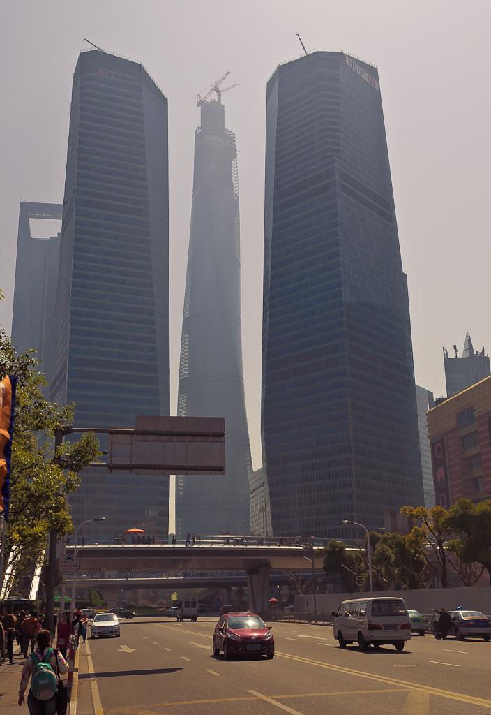 14. Небоскребы Шанхая. Отчет о прогулке по мегаполису во время второй самостоятельной поездки в Китай.
