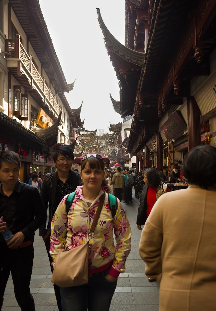 3. В Китае редко встретишь белого человека. Что посмотреть в Шанхае за один день.