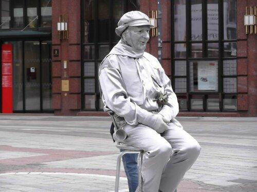 И скульптуре надо отдохнуть