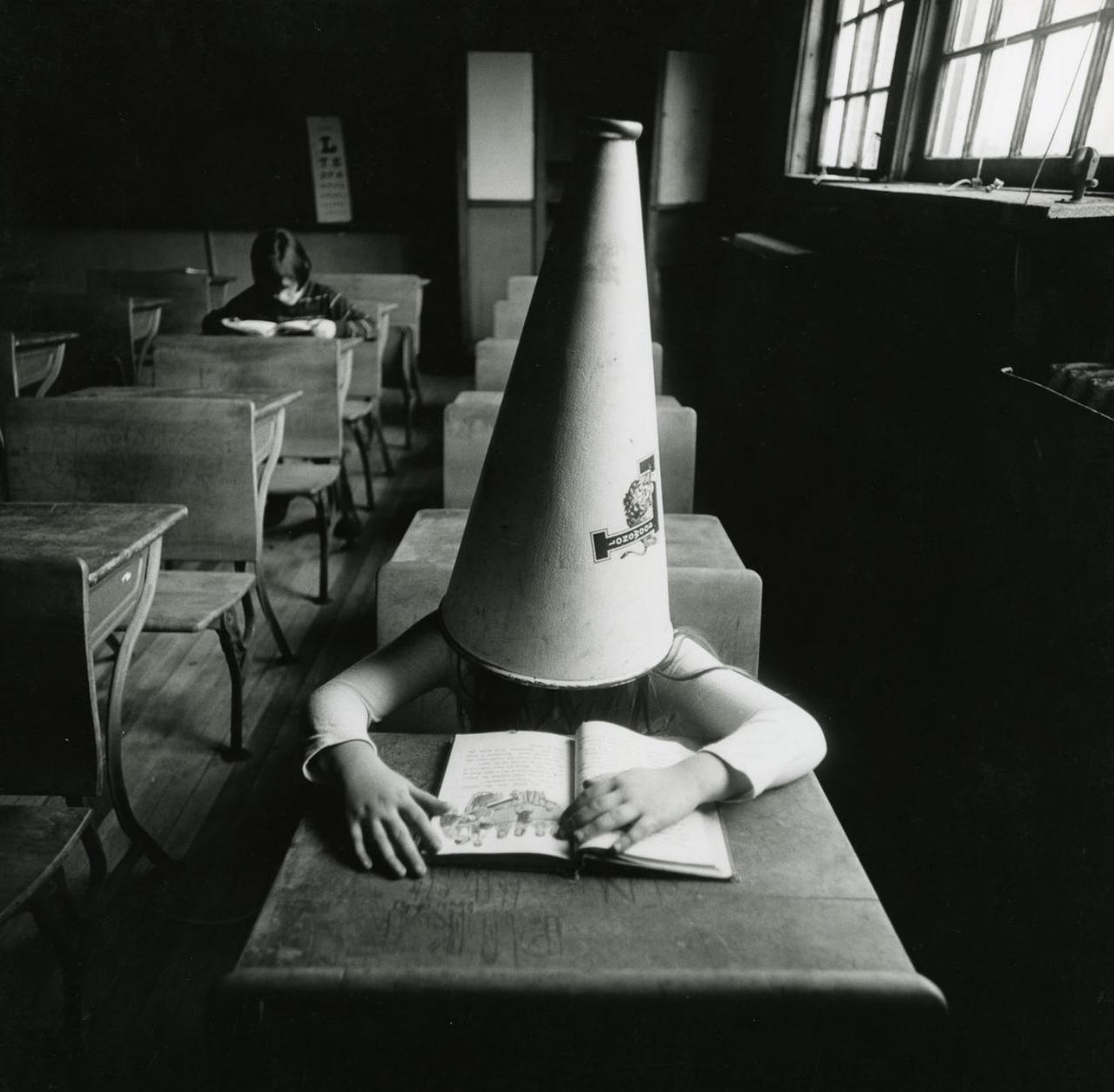 1971. Девочка в классной комнате Нью Йорк